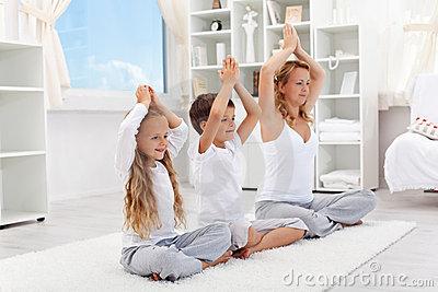 Yoga para niños 5 poses que los niños disfrutarán