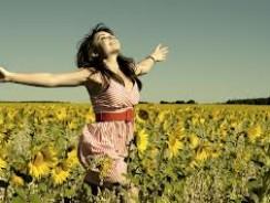 Como aumentar la felicidad haciendo yoga
