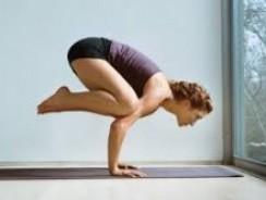 Posturas básicas del yoga kundalini